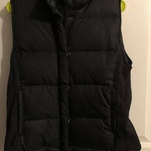 Gap black vest